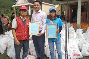 Nha khoa Việt Mỹ khép lại năm 2020 bằng chuyến thiện nguyện cứu trợ bà con tỉnh Quảng Ngãi
