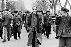 Pierre Cardin: Người tái lập 'Con đường Tơ Lụa'