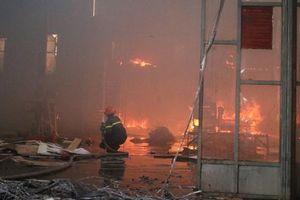 Hải Phòng: Cháy xưởng sản xuất gỗ tại quận Lê Chân