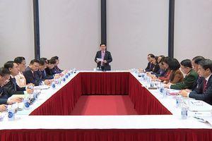 Các đại biểu làm việc tại đoàn thảo luận các văn kiện Đại hội
