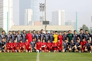 Đội tuyển nữ Quốc gia đá giao hữu với đội bóng cựu cầu thủ SEA Games 23