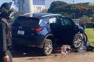 Hé lộ nguyên nhân vụ ô tô lao kinh hoàng vào quảng trường ở Gia Lai