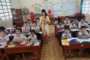 Cô giáo trường làng được phong tặng Nhà giáo Nhân dân