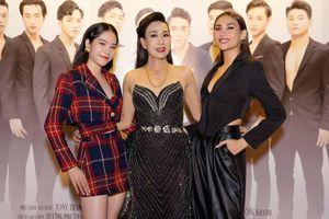 Võ Hoàng Yến, Nam Em ăn vận đơn giản chúc mừng nghệ sĩ Hà Kiều Anh ra mắt phim