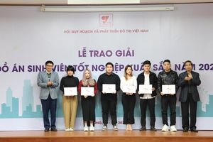 Trao giải thưởng Đồ án sinh viên tốt nghiệp xuất sắc năm 2020