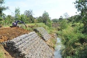 Xây kênh dẫn nước hàng chục tỷ đồng rồi… bỏ hoang