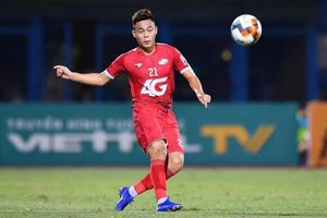 Trung vệ U22 Việt Nam nghỉ hết mùa, CLB Viettel khủng hoảng