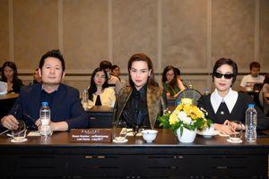 Hà Anh Tuấn, Hồ Ngọc Hà, Mỹ Linh, Bằng Kiều hòa giọng trong chương trình âm nhạc đầu Xuân