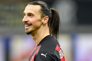 Ibra nhận thẻ đỏ trong trận Milan thua ngược Inter