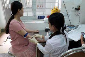 Đề xuất 2 phương án chi trả chi phí xét nghiệm HIV cho phụ nữ mang thai