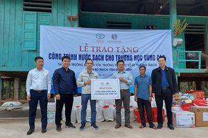 Đầu tư hệ thống nước sạch cho trường tiểu học ở Quảng Bình