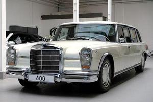 Cận cảnh chiếc 'xe tài phiệt' Mercedes-Benz 600 Pullman đời 1975