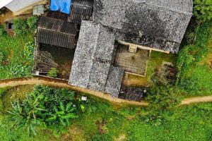 Có gì 'hot' trong căn nhà cổ trăm tuổi tại Hà Giang