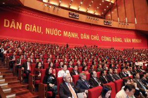 Thủ tướng Chính phủ Nguyễn Xuân Phúc điều hành thảo luận dự thảo các văn kiện trình Đại hội XIII của Đảng