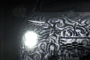 Mitsubishi Outlander 2021 tung teaser trước giờ G, sẽ ra mắt vào ngày 16/2 tới