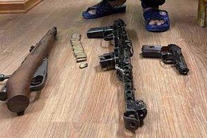 Ổ nhóm cờ bạc, cho vay lãi nặng 'trang bị' nhiều súng, đạn