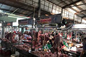 Thủ tướng yêu cầu theo dõi sát diễn biến thị trường thịt heo