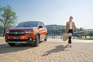 Ca sĩ Hoàng Bách khởi đầu mới 2021 với Suzuki XL7