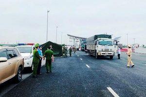 Quảng Ninh: Tạm dừng hoạt động vận tải khách đường bộ, đường thủy liên tỉnh, nội tỉnh