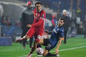 Con đường đưa Alexander-Arnold thành điểm yếu của Liverpool