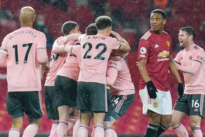 MU bất ngờ thua đội bét bảng Sheffield Utd