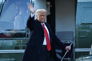 Tỷ lệ ủng hộ ông Trump tăng trở lại sau 8 ngày rời Nhà Trắng