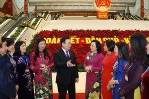 Hình ảnh Đoàn đại biểu Đảng bộ thành phố Hà Nội trong 3 ngày làm việc đầu tiên của Đại hội XIII