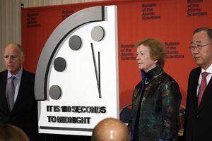 'Đồng hồ tận thế' chỉ còn 100 giây