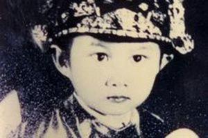 Mãi xuýt xoa về vẻ đẹp các hoàng tử thế giới nhưng ít ai biết Việt Nam cũng có 1 thái tử đẹp thế này