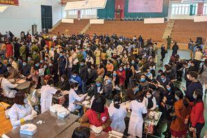 Gần 1.000 người tham gia hiến máu tình nguyện tại Thanh Hóa
