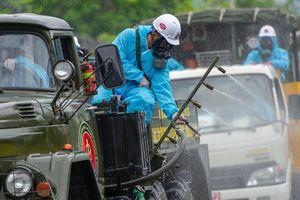 Hải Phòng phun hóa chất khử trùng 400 km đường phố