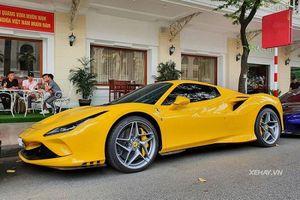 Ferrari F8, 812 Superfast và Mclaren 720S 'khoe dáng' tại Sài Gòn