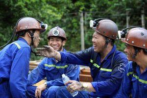 Lên phương án cho thợ mỏ xa quê đón Tết tại Quảng Ninh