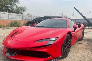 Siêu phẩm Ferrari SF90 Stradale cập bến Việt Nam