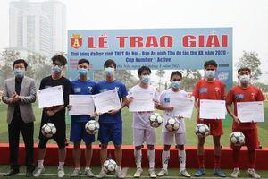 Các danh hiệu được trao ở mùa giải bóng đá học sinh 2020