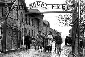 Tội ác rùng rợn của Đức quốc xã tại Auschwitz phơi bày năm 1945