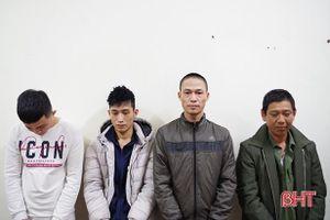 Khởi tố, tạm giam 4 đối tượng trộm chó liên huyện ở Hà Tĩnh