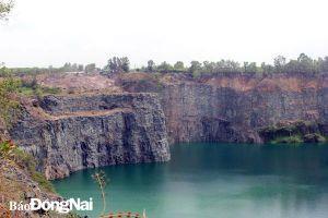 Các mỏ khai thác khoáng sản đã đóng cửa: Không dễ mời gọi đầu tư du lịch