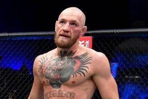 Tay đấm dọa bỏ UFC vì yêu cầu phi lý của McGregor