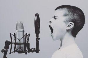 Chàng trai có giọng hát trầm nhất thế giới