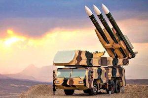 Những tên lửa nào của Iran có thể 'vít cổ' B-52 Mỹ
