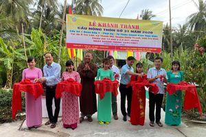 Khánh thành cầu nông thôn, tặng quà Tết tại các địa phương