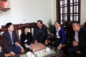 Tri ân, chúc Tết gia đình chính sách tại thành phố Sầm Sơn (Thanh Hóa)