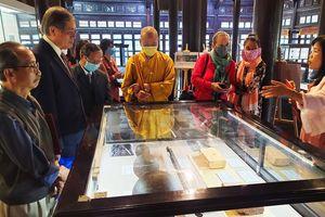 Khai mạc trưng bày về hoàng đế Gia Long