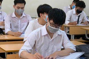 Nhiều học sinh, sinh viên, giảng viên là F1: Các trường 'nín thở' chờ kết quả