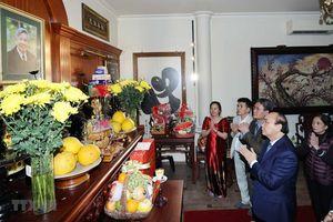 Thủ tướng dâng hương các lãnh đạo tiền bối của Đảng, Nhà nước