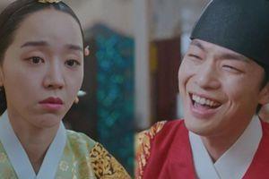 'Mr. Queen': Shin Hye Sun có bầu Kim Jung Hyun mừng muốn khóc, rồi ai là bố đẻ ai là bố ruột