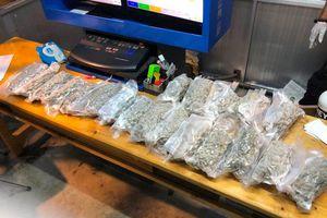 Giáp Tết Tân Sửu, phát hiện 16 kiện hàng chứa ma túy gửi qua đường chuyển phát nhanh