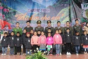 Cục An ninh Nội địa mang 'hơi ấm' tới các học sinh vùng cao Lai Châu