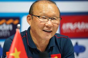 HLV Park Hang Seo và các trợ lý Hàn Quốc trở lại Việt Nam